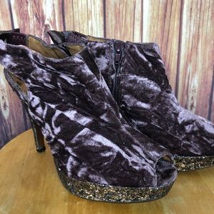 Poetic License Velvet Glitter Platform Heel (9.5)